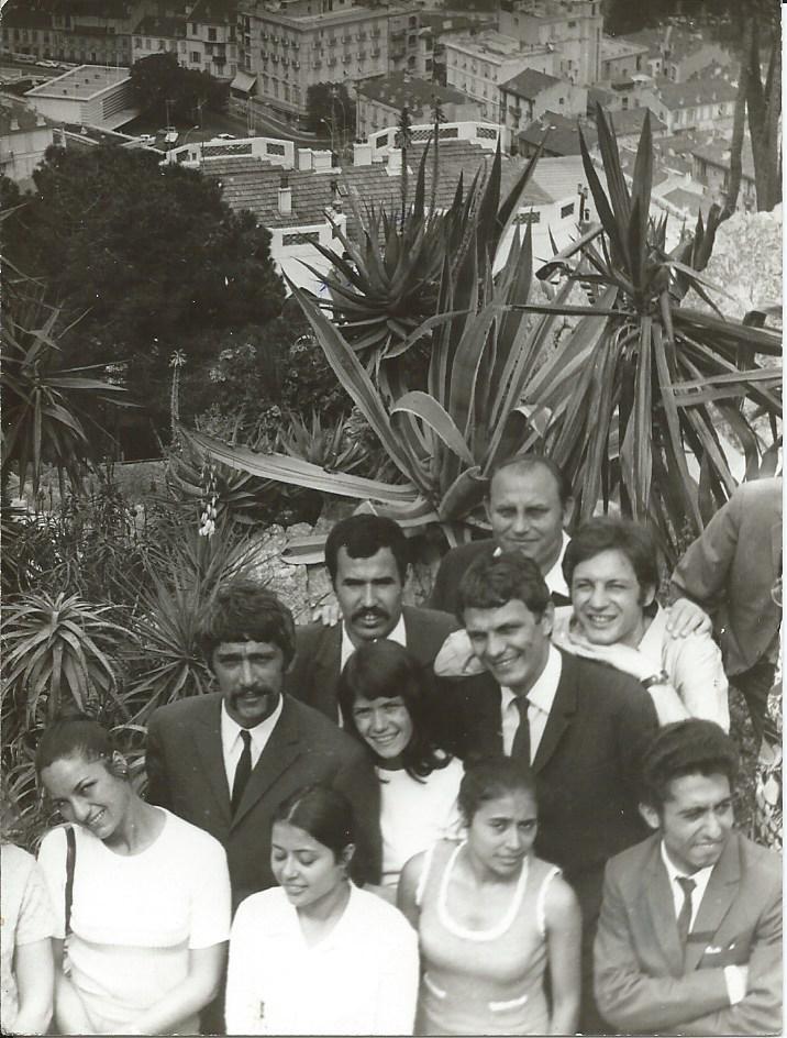 R260-1970-kaktuszok közt 2