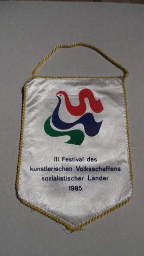 R930-1985 Háromország szászlója2